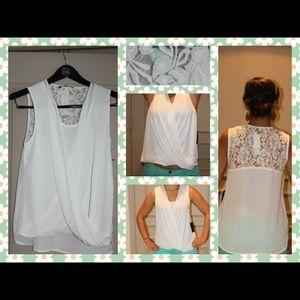 41 Hawthorn Carson Split front lace detail blouse